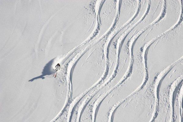 skidbacke vinterbilder på glas | felix oppenheim