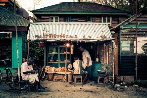 Upptagen affärsbutik travla bilder på glas av Jan Malmstrom | Konst på väggen